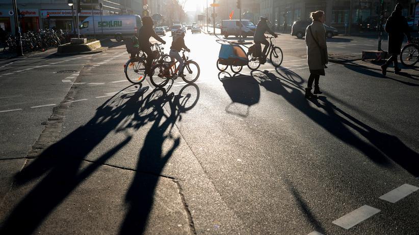 Verkehrsminister der Länder: Union und FDP lehnen Sonderregeln für Radfahrer ab