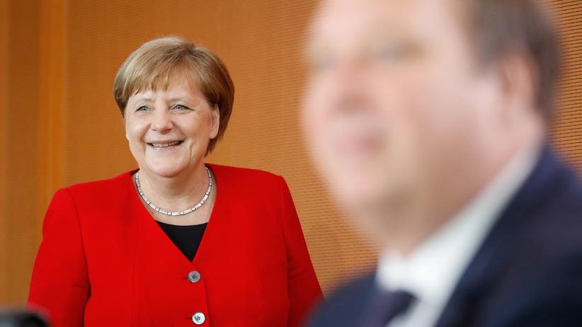 Viruserkrankung: Merkel unterstützt Spahns Impfpflicht-Pläne