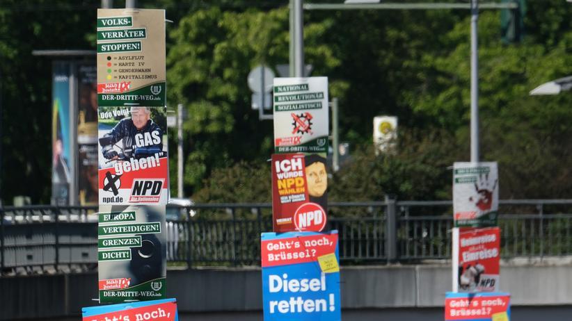 Volksverhetzung: Wahlplakate der rechtsextremen NPD und Der Dritte Weg in Berlin