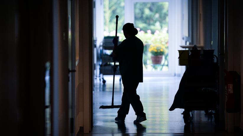 Arbeitsmarkt : DGB beklagt Defizite bei Durchsetzung des Mindestlohns