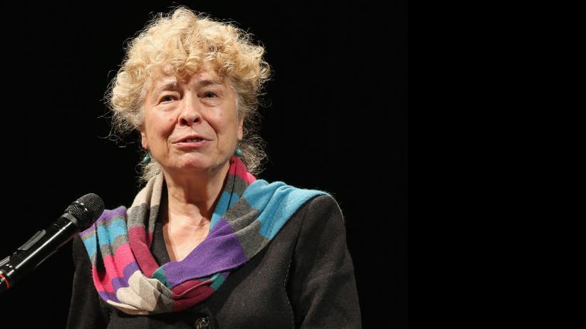 Sozialdemokratische Partei Deutschlands: Gesine Schwan während einer Ansprache in der Berliner Volksbühne im Februar 2016