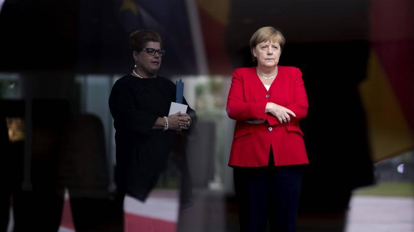 Angela Merkel: Sie zittert
