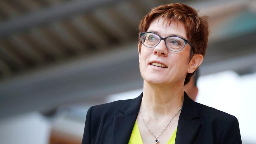Europäische Union: Annegret Kramp-Karrenbauer, Vorsitzende der CDU