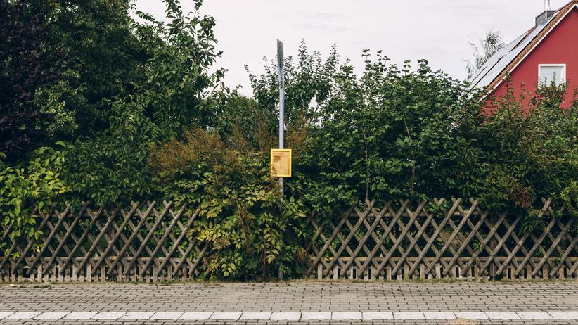 Strukturpolitik: Bushaltestelle in Mecklenburg-Vorpommern