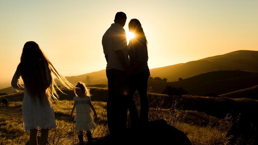 """Familienrecht: Es gebe keine Erkenntnisse für die Annahme, dass nichteheliche Paarbeziehungen """"typischerweise besonders fragil"""" wären, sagt das Bundesverfassungsgericht."""