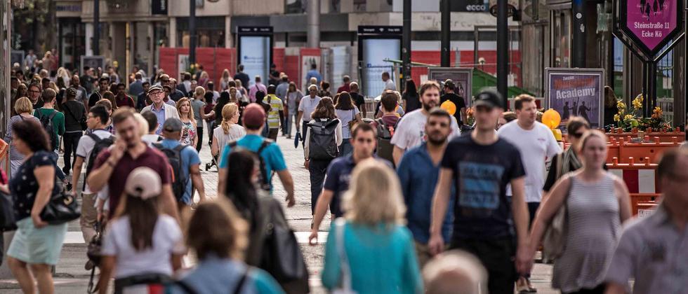 ARD-Deutschlandtrend: Union und Grüne gleichauf