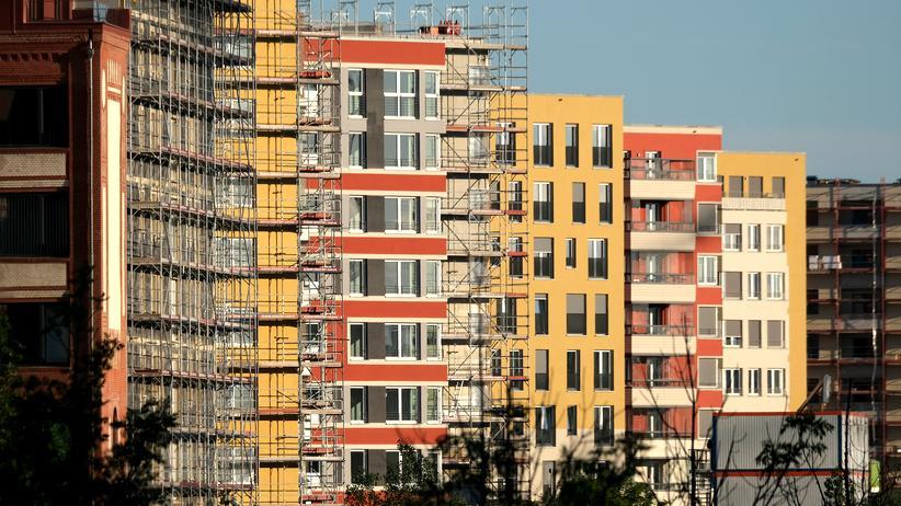 Mietendeckel: Neu errichtete Wohnblöcke im Zentrum von Berlin