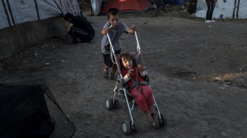 Asylzahlen: Kinder im Flüchtlingslager Moria im Norden der griechischen Insel Lesbos