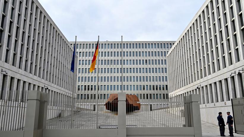 BND: Geheimdienst vor Gericht
