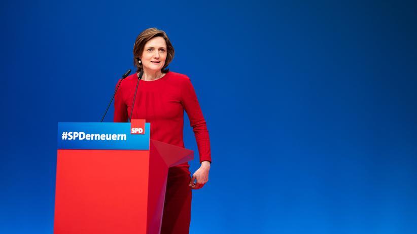 Simone Lange bei einer SPD-Veranstaltung im April in Wiesbaden