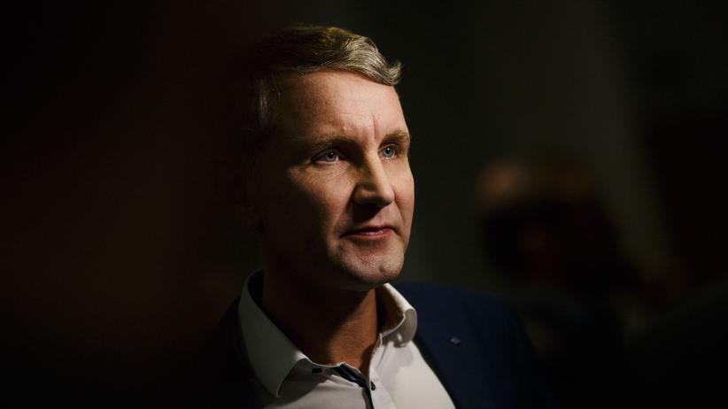AfD Thüringen: Björn Höcke am Wahlabend im Thüringer Landtag