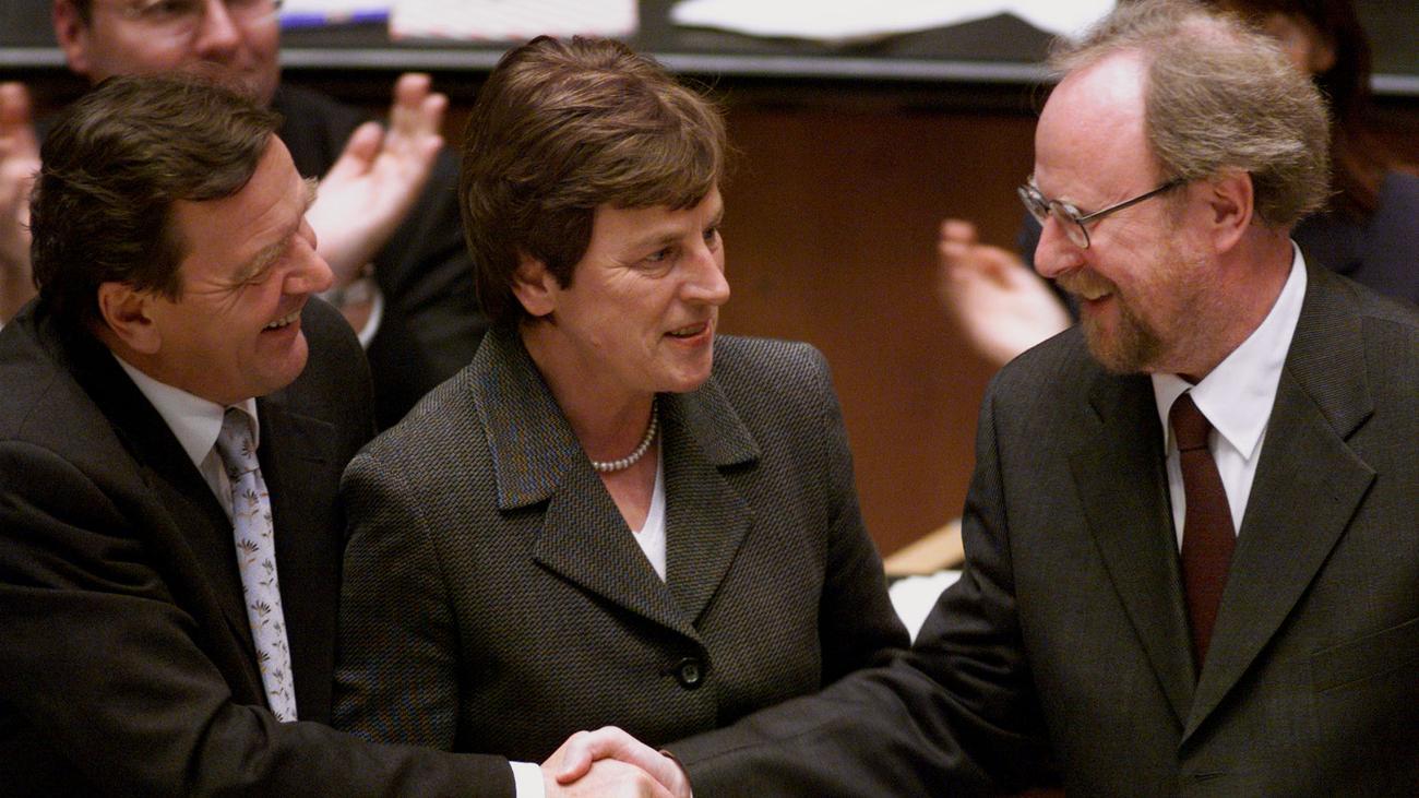 Anke Fuchs: Ehemalige Bundesfamilienministerin ist gestorben