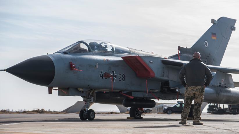 Bundesverfassungsgericht: Ein deutscher Tornado steht auf der Al Azraq Militärbasis in Jordanien.
