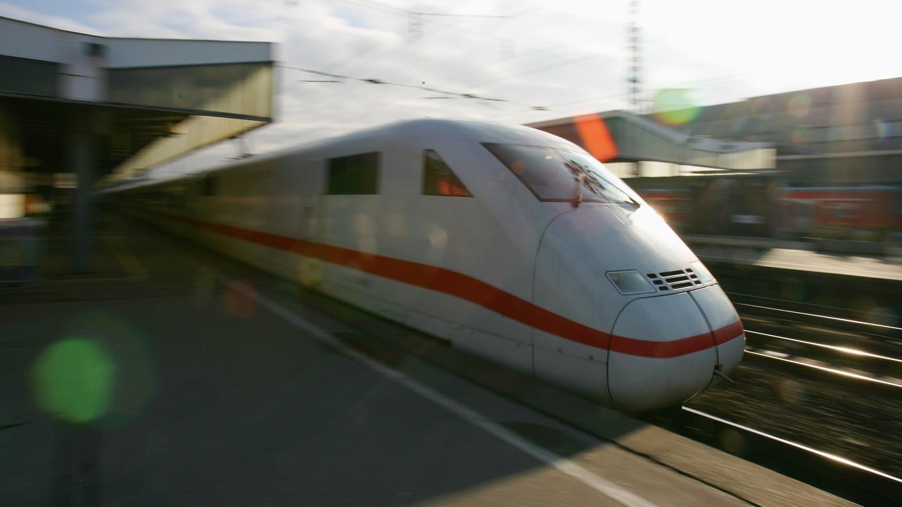 Deutsche Bahn : Haushaltsausschuss gibt zusätzliche Milliarden für die Bahn frei