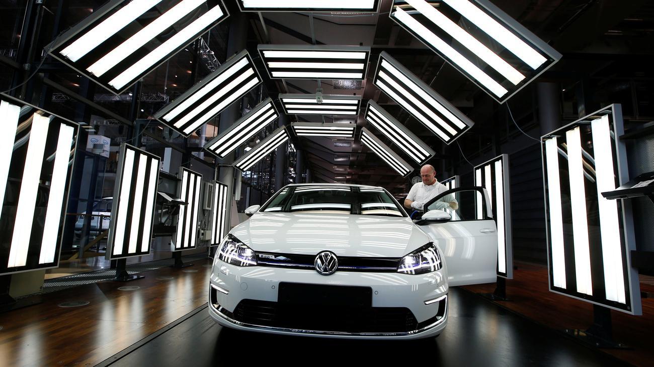 Elektroauto: VW investiert mehr in Elektromobilität