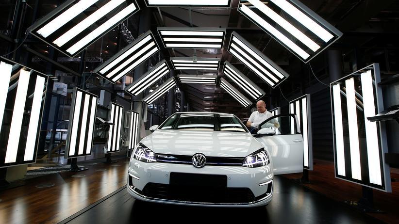 Elektroauto: Ein neuer Elektro-Golf: In Zukunft will Volkswagen mehr rein elektrische Modelle bauen.