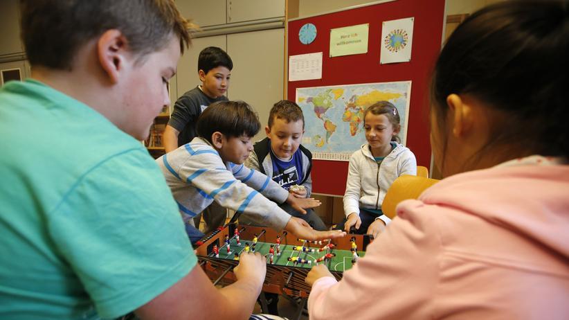 Grundschule: Kinder in einer Grundschule in Berlin