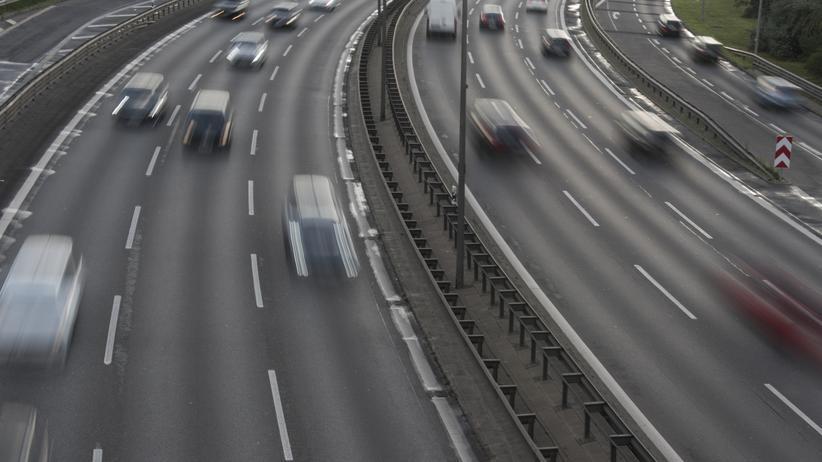 Klimaschutz: Zu viele Autos produzieren in Deutschland zu viel CO2.