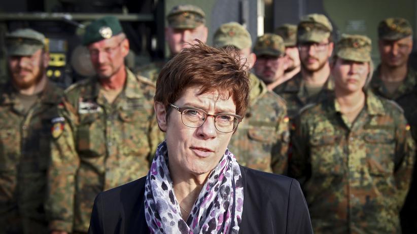 Nordsyrien: Der Vorschlag einer internationalen Schutztruppe von Annegret Kramp-Karrenbauer stößt auf wenig Zuspruch.