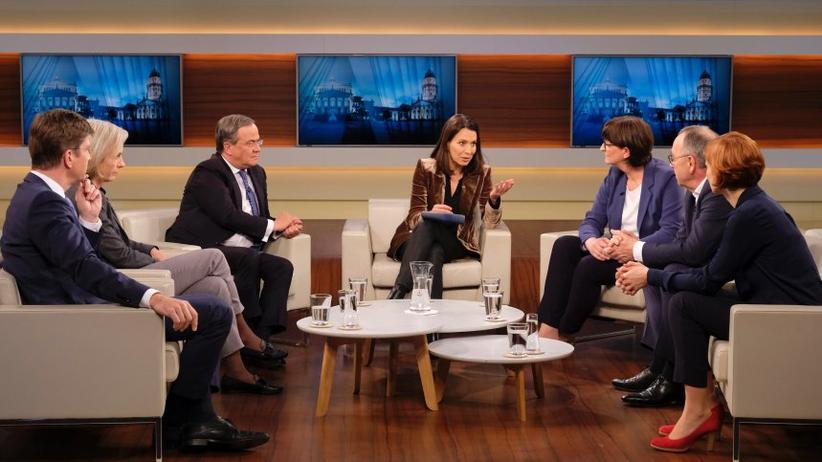 """SPD-Führung: """"Wollen Sie drinbleiben? Oder wollen Sie raus?"""" fragte NRW-Ministerpräsident Armin Laschet (CDU) in der Sendung """"Anne Will"""" das neue Vorsitzenden-Duo der SPD, Norbert Walter-Borjans und Saskia Esken."""