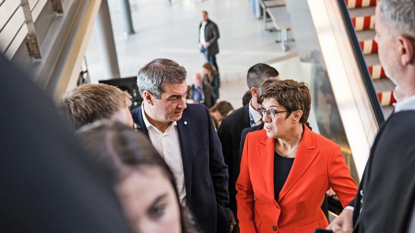 SPD-Vorsitz: Ein Führungswechsel an der Spitze des Koalitionspartners ist für sie kein Grund, um die Koalition neu zu verhandeln: CSU-Chef Markus Söder und CDU-Chefin Annegret Kramp-Karrenbauer.