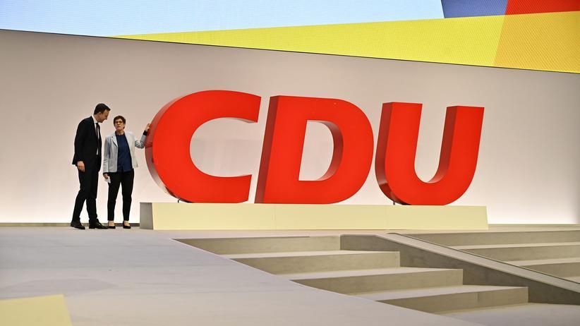 Parteien: SPD und CDU verlieren Mitglieder
