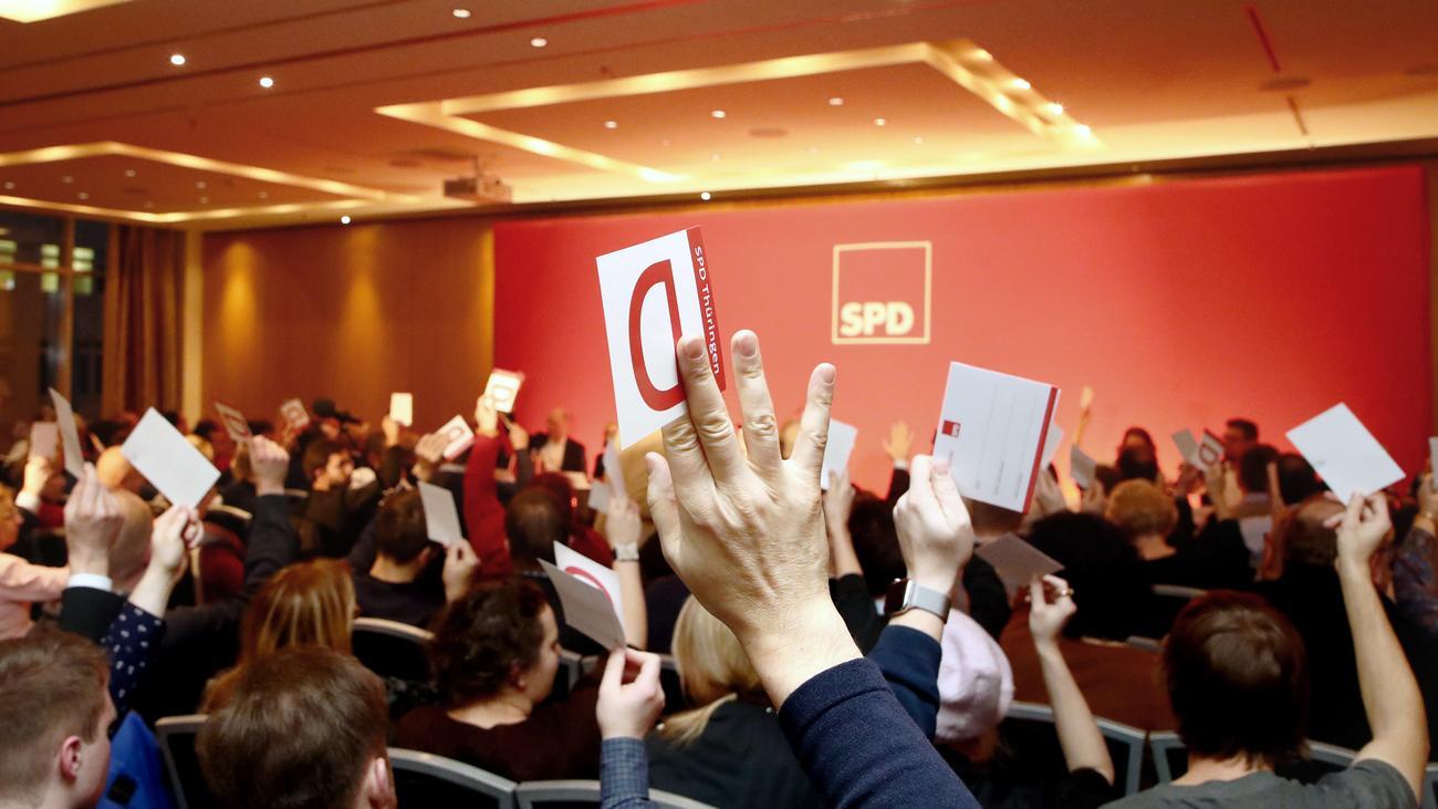 Thüringen: SPD stimmt für Koalitionsvertrag mit Linken und Grünen