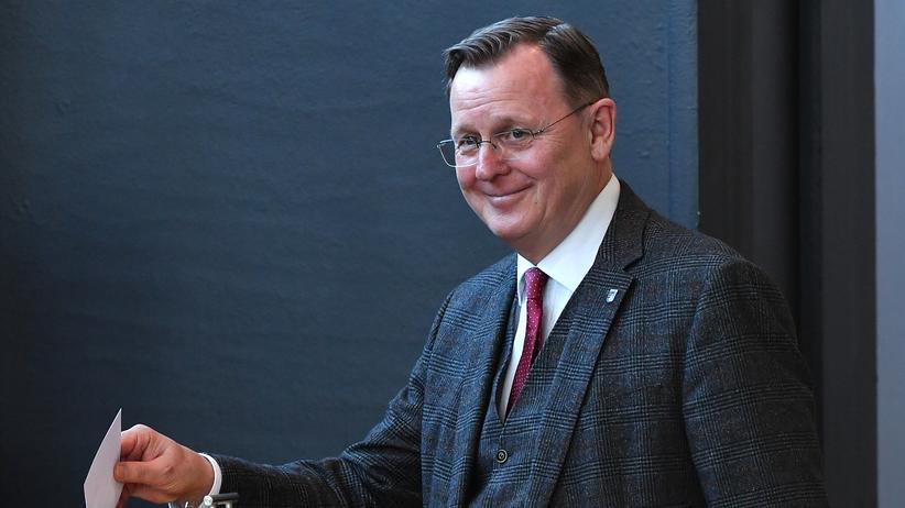 Thüringen: Bodo Ramelow (Linke) bei seiner Stimmabgabe zur Wahl des Ministerpräsidenten von Thüringen am 5. Februar im Erfurter Landtag