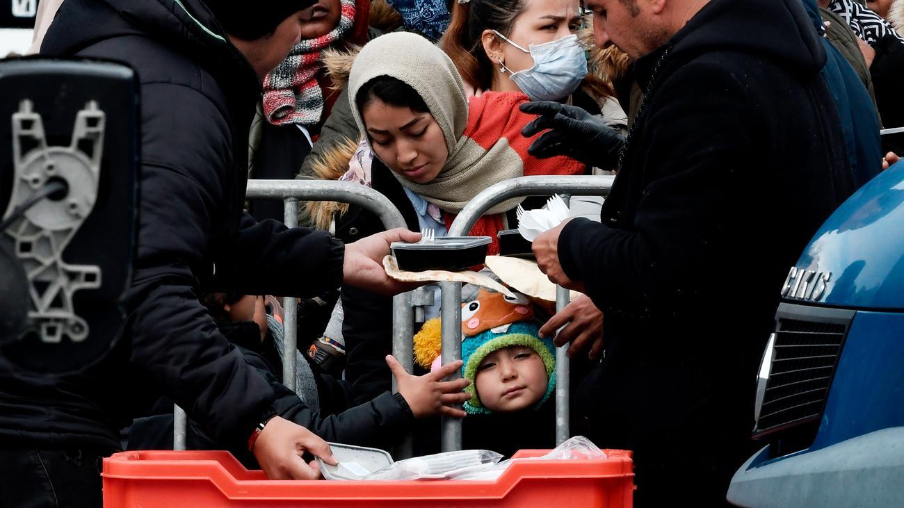 Flüchtlinge: Deutschland setzt humanitäre Aufnahmeprogramme aus
