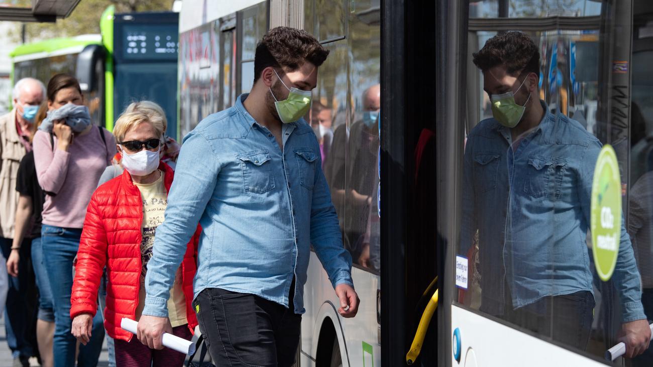 NRW plant 150-Euro-Bußgeld bei Verstoß gegen Maskenpflicht