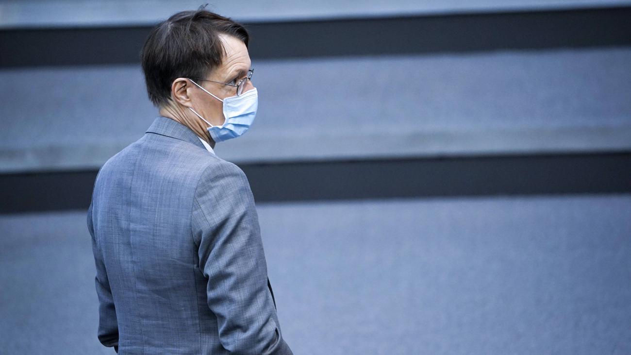 Coronavirus In Deutschland Karl Lauterbach Halt Lockdown Binnen Wochen Fur Wahrscheinlich Zeit Online