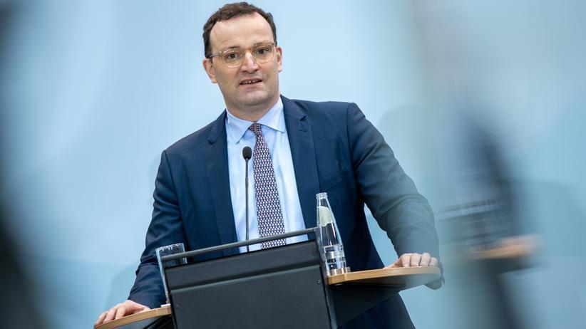 Deutsche Jung Schwanz Expertin bei der Arbeit