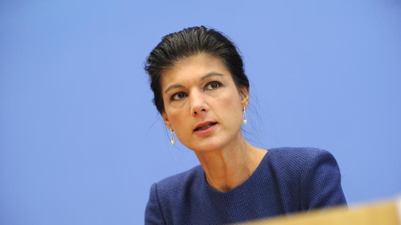 Die Linke: Sahra Wagenknecht bei einer Pressekonferenz