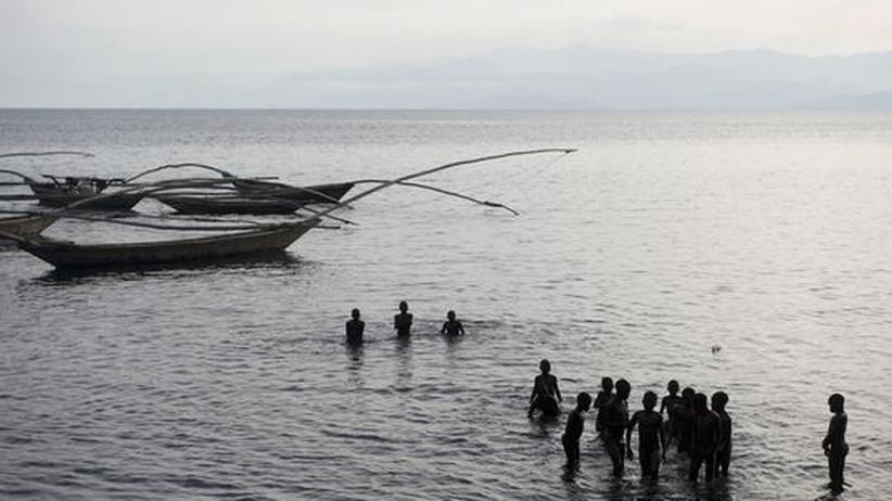 Rundreise Ruanda: Der Kivu-See im Westen von Ruanda wird wegen seiner Natur gern als Gardasse der Afrikaner bezeichnet