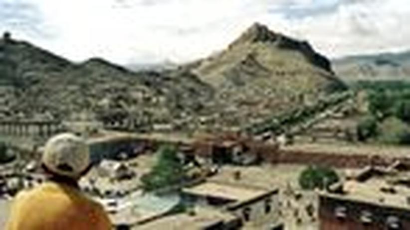 Tibet per Bus: Fremder, was willst du hier?