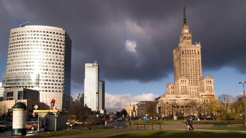 In Warschaus Zentrum treffen Baustile und Ideologien aufeinanderIn Warschaus Zentrum treffen Baustile und Ideologien aufeinander