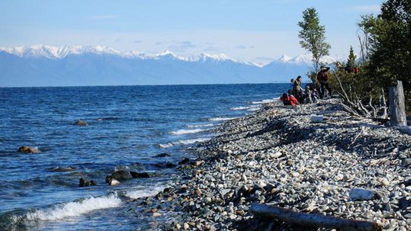 Sibiriens Fernwanderweg : Einsame Buchten und Strände erwarten den Wanderer rund um den Baikalsee