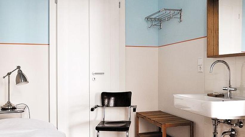 Hotels unter 100 euro wohnzimmer frei zeit online for Wohnwand unter 100 euro