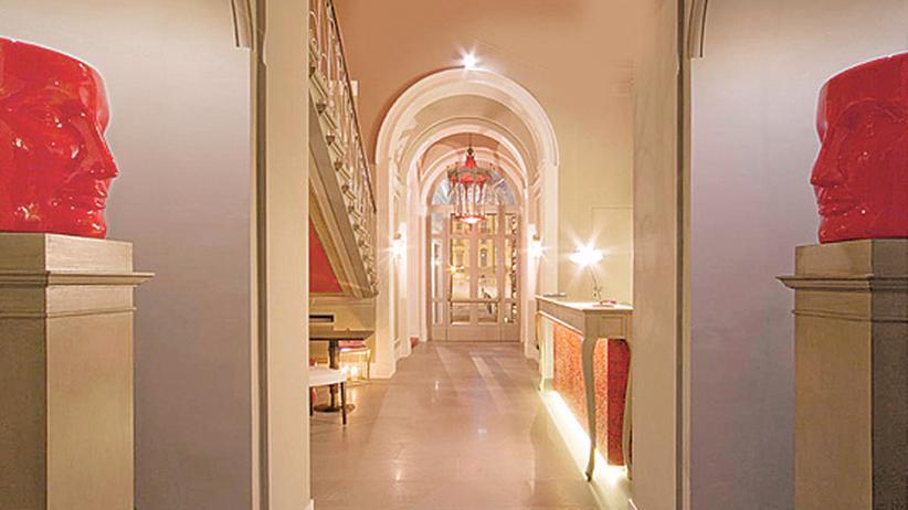 Hotels unter 100 Euro: Monochrome Farbenpracht in Florenz