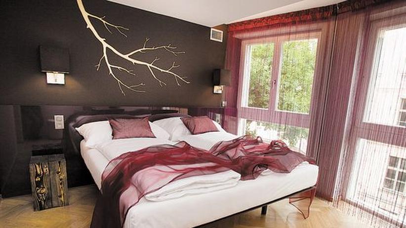 hotels unter 100 euro allein unter kids zeit online. Black Bedroom Furniture Sets. Home Design Ideas
