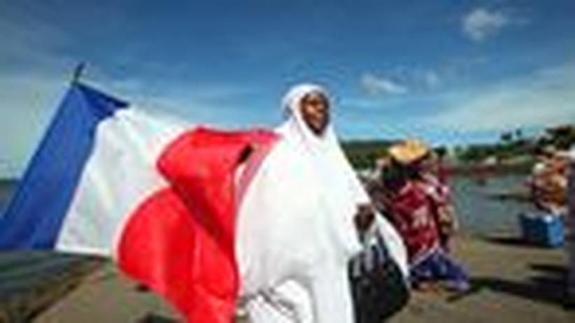 Insel Mayotte: Baguettes unterm Affenbrotbaum