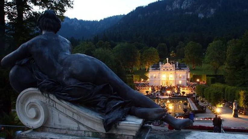 Eines von Tausenden: Schloss Linderhof bei Oberammergau war ursprünglich ein Försterhaus