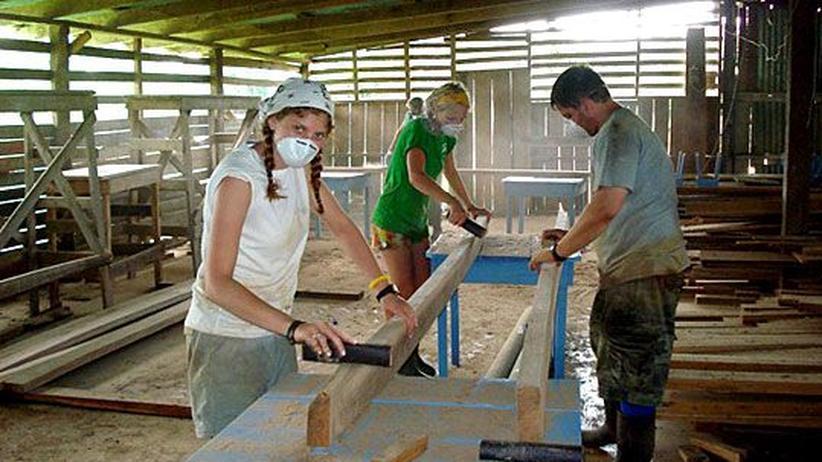 Sie wollen das Leben der Einheimischen verbessern: Freiwillige Helfer zu Besuch in Costa Rica.