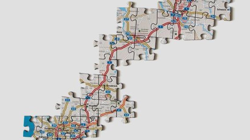 """""""Autobahn für Cabrio und Campingbus"""" ist der Name dieses 550-teiligen Puzzles."""