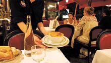 80 Tassen Zwiebelsuppe werden in der Brasserie Au Pied de Cochon täglich serviert.