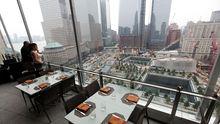 Von der Restaurantterrasse kann man die Baustelle überblicken.