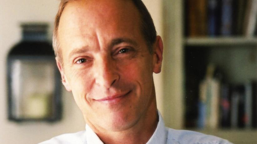 David Sedaris: Der Bestsellerautor David Sedaris stammt aus den USA. Er lebt in London und Paris.