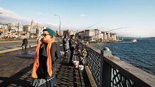 Die Galata-Brücke verbindet das alte Istanbul mit der Neustadt.