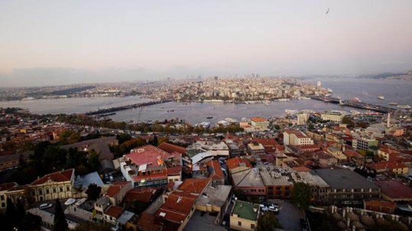 City Guide: Blick von der Süleymaniye-Moschee auf die historische Halbinsel von Konstantinopel