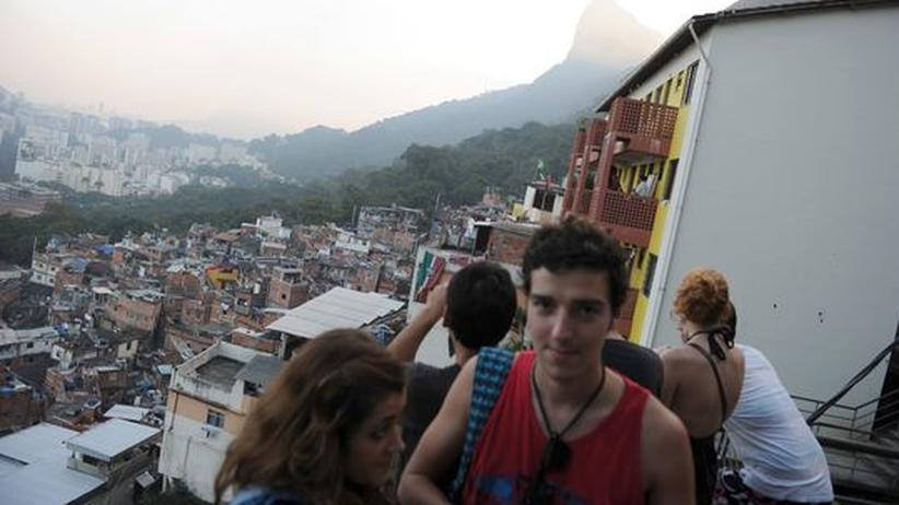 Slumtourismus: Bungee-Sprung  ins Elend